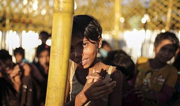 'Kamplardaki en büyük sorunlardan biri Arakanlı kimsesiz çocuklar'