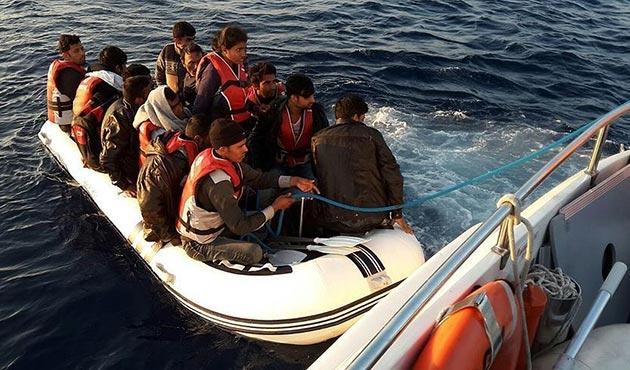 Yasa dışı yollardan Yunanistan adalarına geçmeye çalışırken yakalandılar