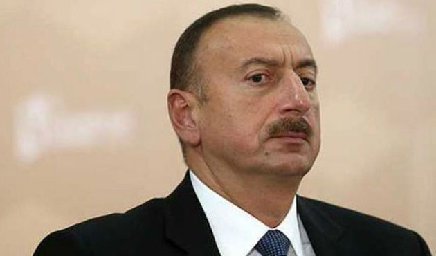Azerbaycan Cumhurbaşkanı İİT için İstanbul'da