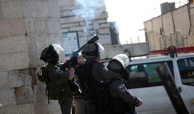 Batı Şeria'daki 'Kudüs' gösterilerinde 36 Filistinli yaralandı