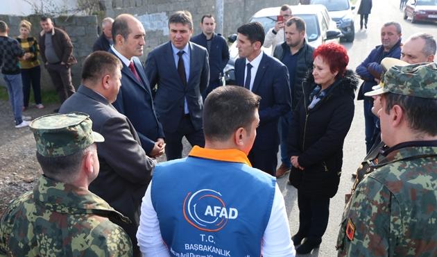 AFAD'dan Arnavutluk'taki selzedelere yardım