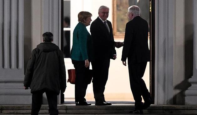Almanya'daki hükümet krizinde yeni gelişme
