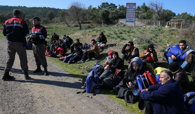 Seferihisar'da 38 kaçak göçmen yakalandı