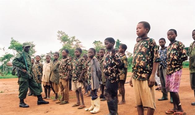 UCM'den Kongo'da çocuk asker kullanan lidere tazminat cezası