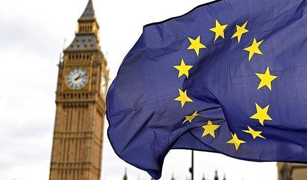 AB, geçiş sürecinde İngiltere'ye 'karar hakkı' tanımadı