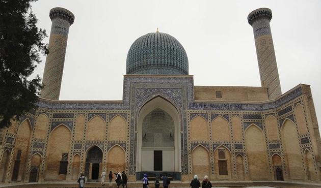 Özbekistan'da İslami Akademi kuruluyor