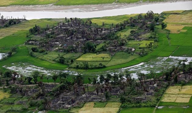 Arakan'da ekimden beri Müslümanlara ait 40 köy yakıldı