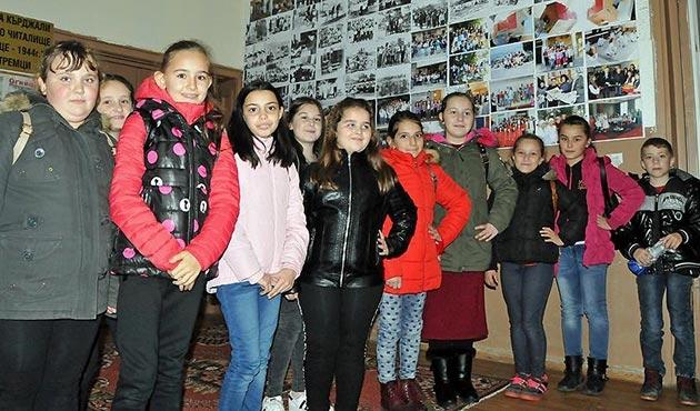 Bulgaristan'daki Türk öğrencilerin Türkçe derslerine ilgisi azalıyor