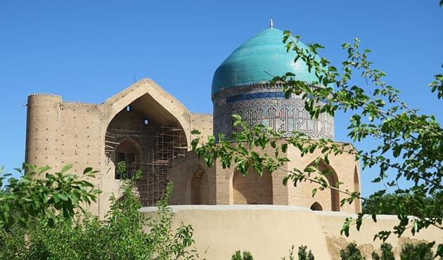 'Türkçe'nin Uluslararası Şiir Şöleni' Türkistan'da düzenlenecek