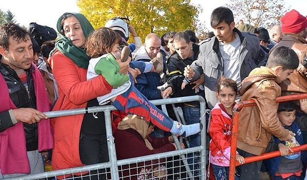 Viyana'da sığınmacıları 'suç' bahanesiyle şehir dışına taşıma teklifi