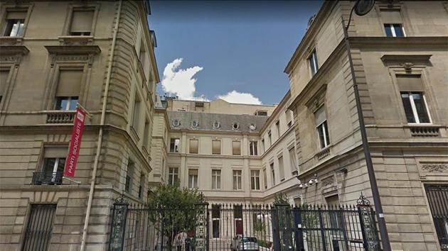 Fransız solunun Paris'teki 'son kalesi' satıldı
