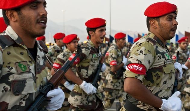 Suudi Arabistan'ın yeni bütçesi askeri ağırlıklı