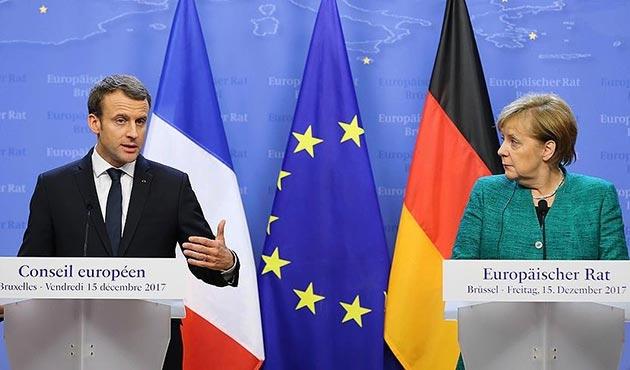 Merkel ve Macron'dan 'Anlaşmalara uyun' çağrısı