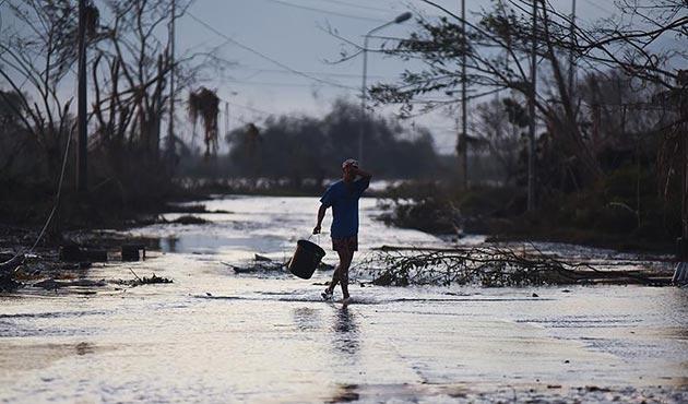 Filipinler'deki tropikal tayfunda ölü sayısı 45'e yükseldi