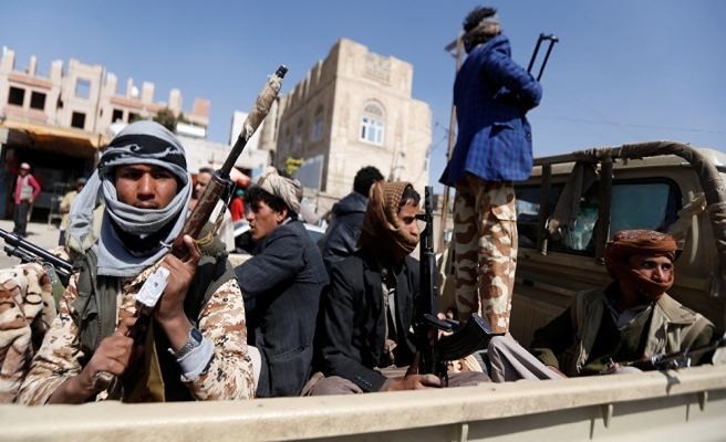 Yemen'de Husiler 120 esiri serbest bıraktı
