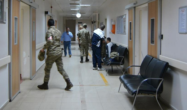 Gaziantep'teki kışlada 70 asker hastanelik oldu
