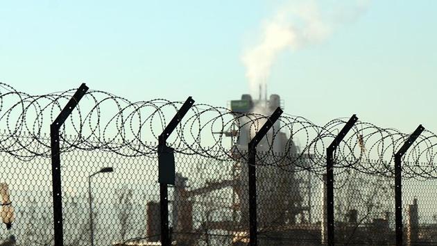 Tuzla'da yoğun kokuya neden olan kimyasal madde tespit edildi