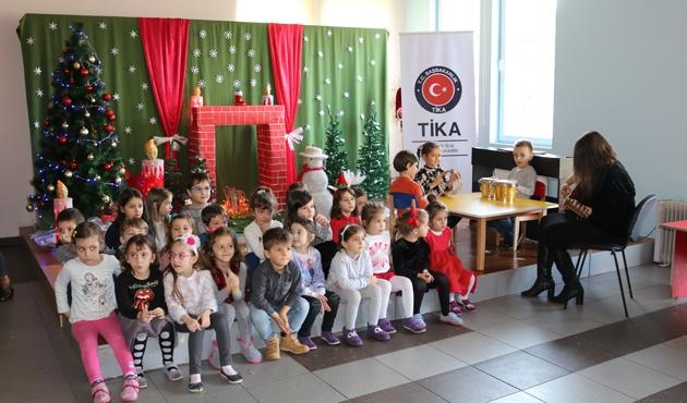 TİKA'dan Kosova'ya eğitim desteği