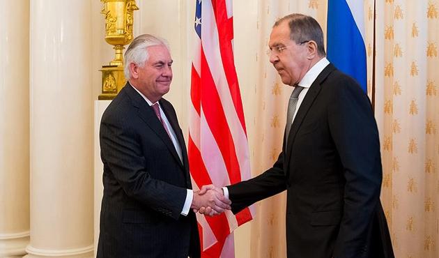 Lavrov ve Tillerson, Suriye ve Kuzey Kore'yi görüştü