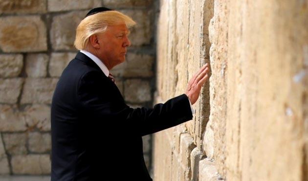 İsrail, Ağlama Duvarı'na yapılacak tren istasyonuna Trump'ın adını verecek!