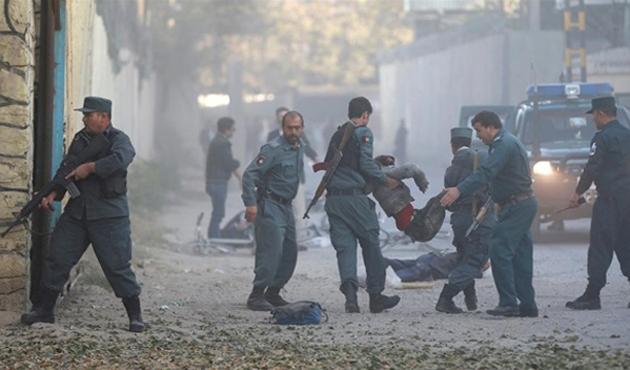 Kabil'de kültür merkezine bombalı saldırı: En az 30 ölü