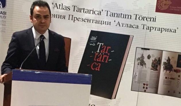 Kazan Başkonsolosu Dilmaç'a 'Üstün Emek Madalyası'