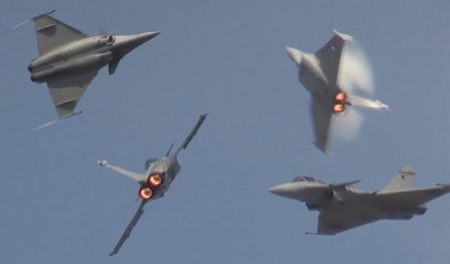 Fransa Doğu Akdeniz'den iki savaş uçağını geri çekti