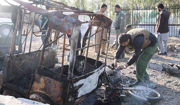 Afganistan'da cenaze törenine intihar saldırısı: 15 ölü