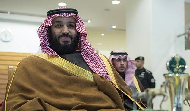 Suudi Arabistan'da salıverilen Prens, Veliaht Prens Selman'la görüştü