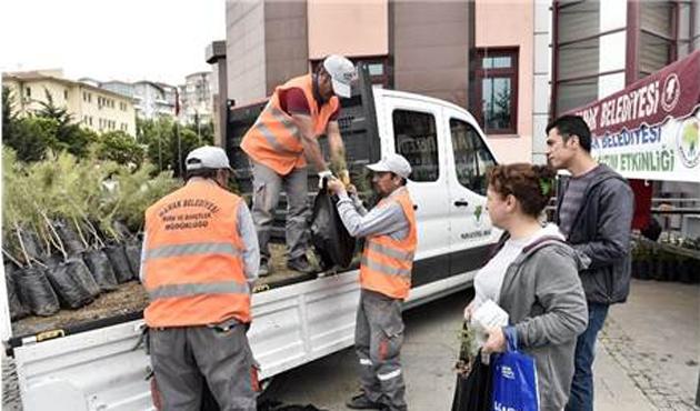 Ankara'da 500 bin fidan ücretsiz dağıtıldı