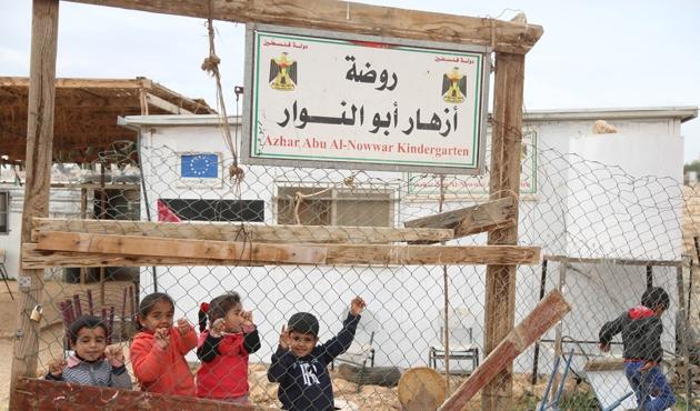 İsrail'den ilkokula yıkım tehdidi