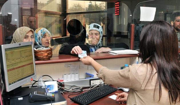 Maliye Bakanlığı'ndan zamlı memur maaşı açıklaması