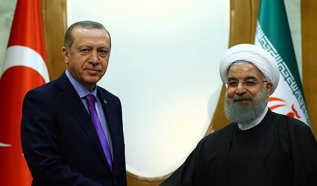 Cumhurbaşkanı Erdoğan, Ruhani ile Suriye'yi görüştü