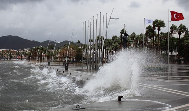 Doğu Akdeniz'de fırtına uyarısı