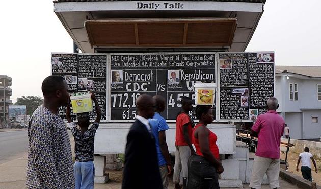 Liberyalılar haberi 17 yıldır 'kara tahtadan' alıyorlar