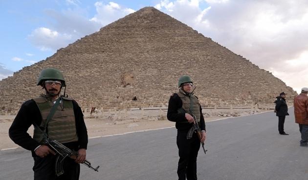 Ukrayna'dan vatandaşlarına Mısır'a seyahat uyarısı