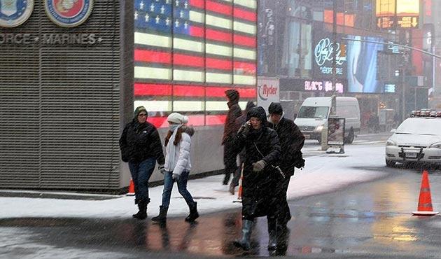 ABD'de aşırı soğuk nedeniyle 16 kişi dondu