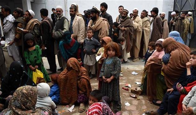 Pakistan 1,3 milyon Afgan mültecinin kalışlarını uzattı