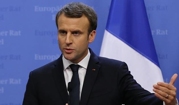 Macron adına e-posta hesabı açanlar yargılanacak
