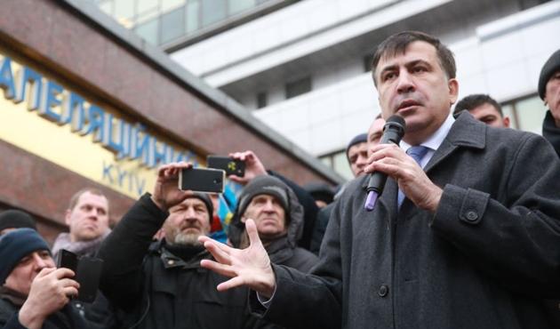 Saakaşvili'ye cinayet davasından hapis