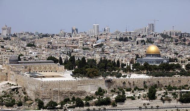 Suudi Arabistan ve Mısır'dan 'Kudüs' vurgusu