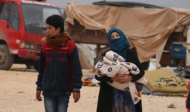 Hama'dan 80 bin kişi İdlib'in kuzeyine göç etti