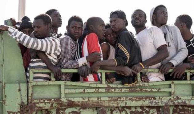 Libya'da 'Nijeryalı 20 göçmenin 735 dolara satıldığı' iddiası