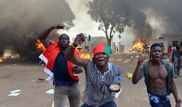 Burkina Faso'da eğitim durma noktasına geldi