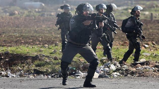 İşgal güçlerinden Filistinlilere gerçek mermi ve gazlı müdahale