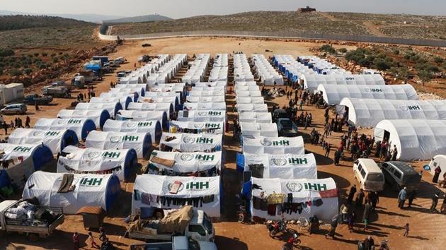 'Hama'dan göç eden 200 aile çadır kampına yerleştirildi'