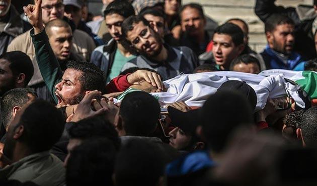 Avlanırken öldürülen Gazzeli balıkçı defnedildi