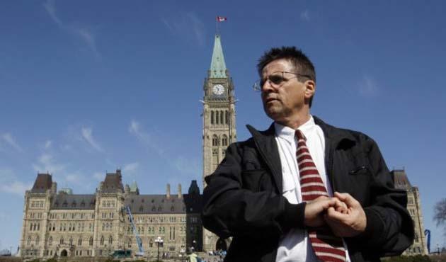 Fransa'ya iade edilen Kanadalı profesör serbest bırakıldı