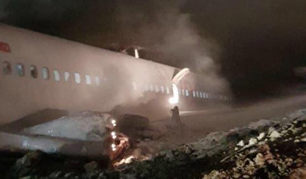 Trabzon Havalimanı'na iniş yapan Ankara yolcu uçağı pistten çıktı