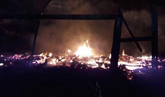 Papa'nın Şili ziyaretinin ilk gününde 3 kilise ateşe verildi